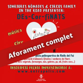 Somriures Nòmades&Circus Family on the road presenten  DEs-COR-fiNATS